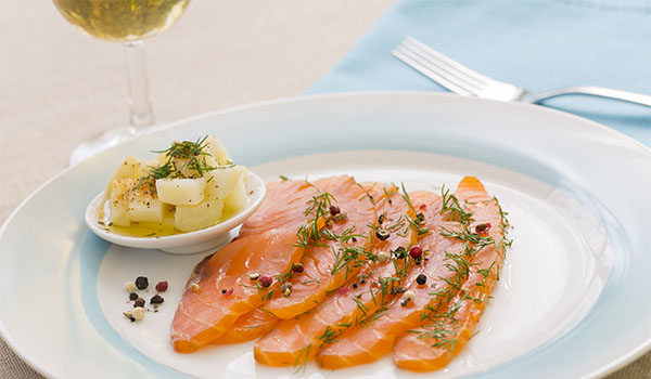 Cured salmon and white wine